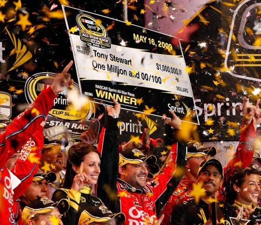 Tony Stewart won the 2009 NASCAR All-Star Race at Charlotte Motor Speedway. (NASCAR Photo)