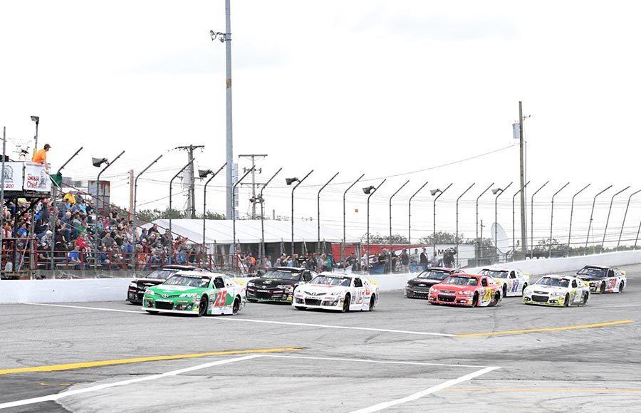 The start of Sunday's ARCA Menards Series event at Toledo Speedway. (Frank Smith Photo)