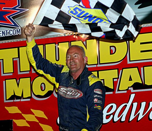 Billy Decker won Sunday's Short Track Super Series Modified feature at Thunder Mountain Speedway. (Dave Dalesandro Photo)