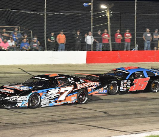 John DeAngelis Jr. (7) leads Brad Keith during Saturday's ARCA Midwest Tour event at Jefferson Speedway. (Doug Hornickel Photo)