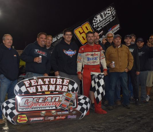 Bud Kaeding in victory lane at Ocean Speedway. (Joe Shivak photo)
