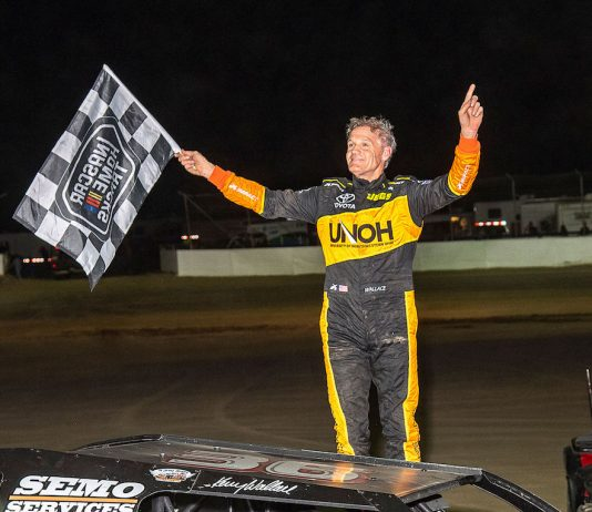 Kenny Wallace won Friday night's modified feature at Limaland Motorsports Park. (Mike Campbell photo)