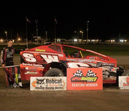 Mat Williamson in victory lane Saturday night at Merrittville Speedway. (Nitroman Media Photo)