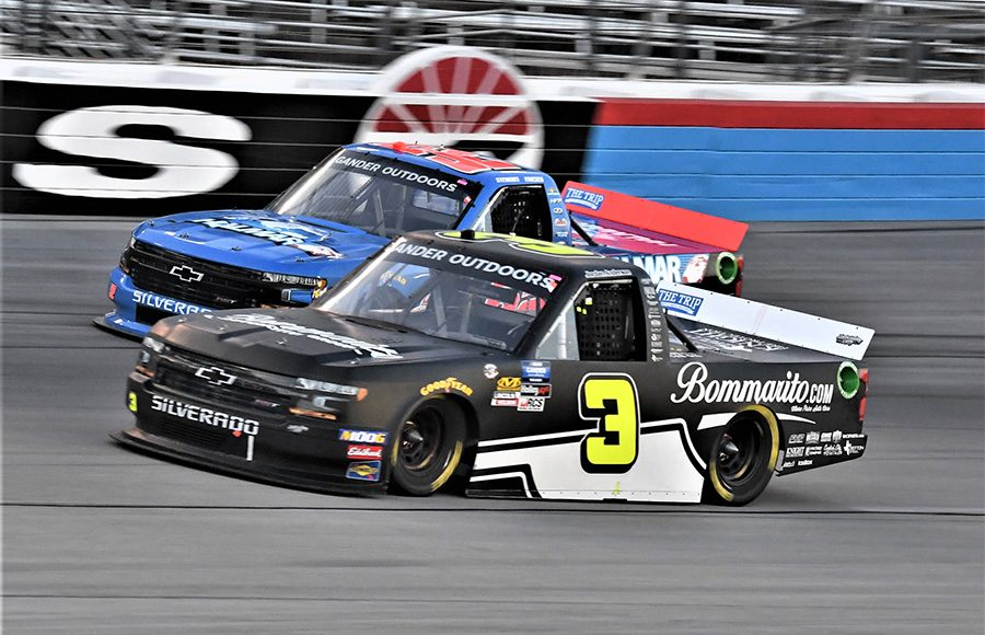 Jordan Anderson (3) battles Stewart Friesen during Friday's NASCAR Gander Outdoors Truck Series race at Texas Motor Speedway. (Al Steinberg Photo)