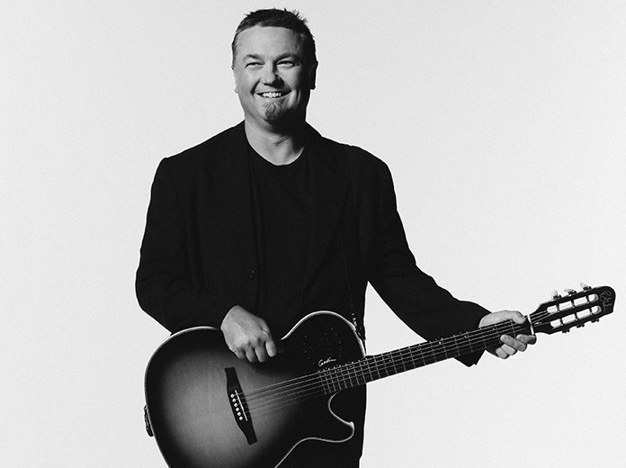 Edwin McCain will perform the National Anthem prior to the Bojangles' Southern 500 at Darlington Raceway.