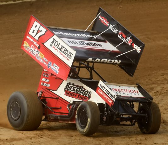 Aaron Reutzel won Wednesday's Ohio Speedweek feature at Wayne County Speedway. (Paul Arch photo)