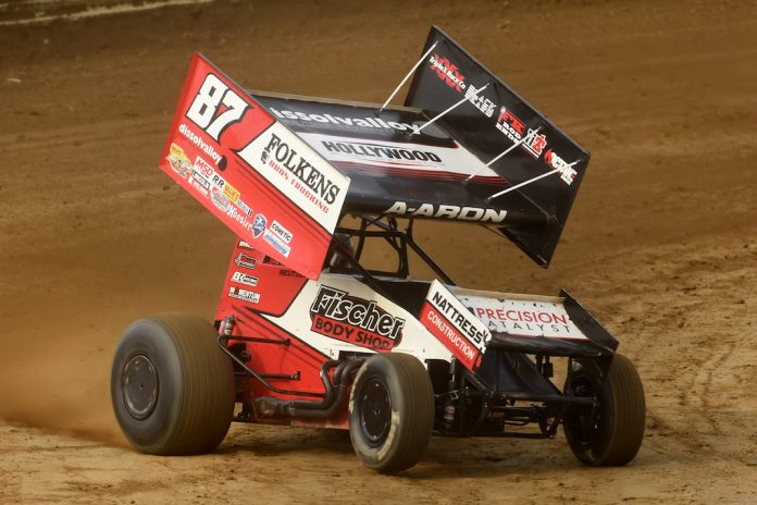 Aaron Reutzel won Wednesday's Ohio Speedweek feature at Wayne County Speedway. (Paul Arch photo)