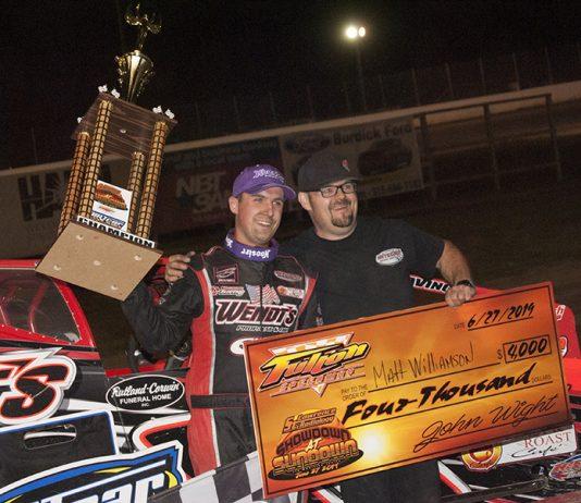 Mat Williamson in victory lane at Fulton Speedway. (DIRTcar photo)