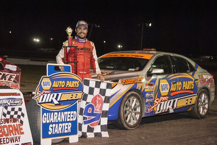 Larry Wight in victory lane at Airborne Speedway. (DIRTcar photo)