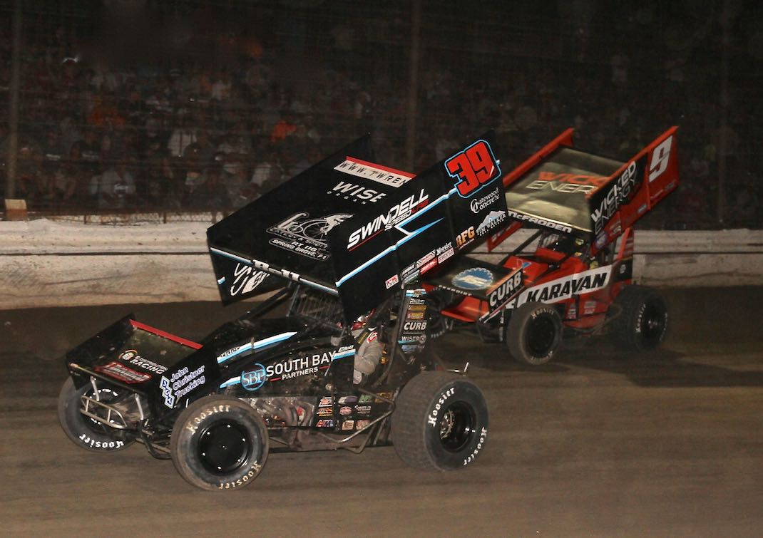 Christopher Bell (39) battles James McFadden at Grandview Speedway. (Dan Demarco photo)