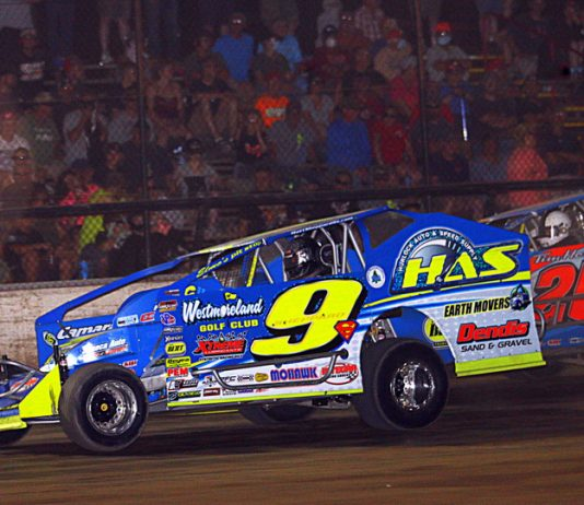 Matt Sheppard, shown earlier this season, won Tuesday's Super DIRTcar Series feature at Autodrome Granby. (Dave Dalesandro photo)
