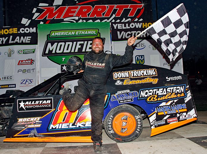 David Mielke won Friday's American Ethanol Modified Tour event at Merritt Speedway. (Jim Denhamer Photo)