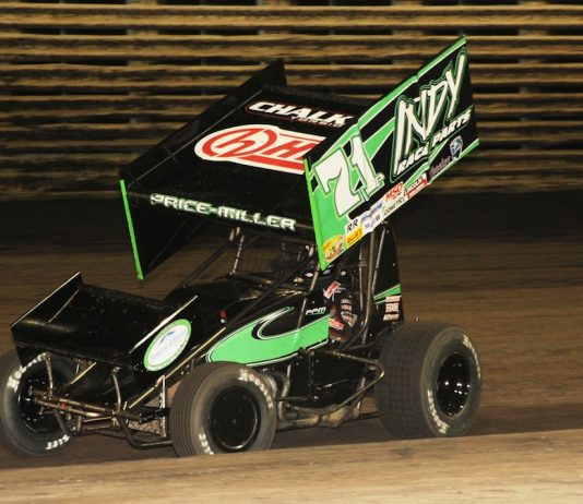 Parker Price-Miller won his first Knoxville Raceway feature on Saturday night. (Julia Johnson photo)