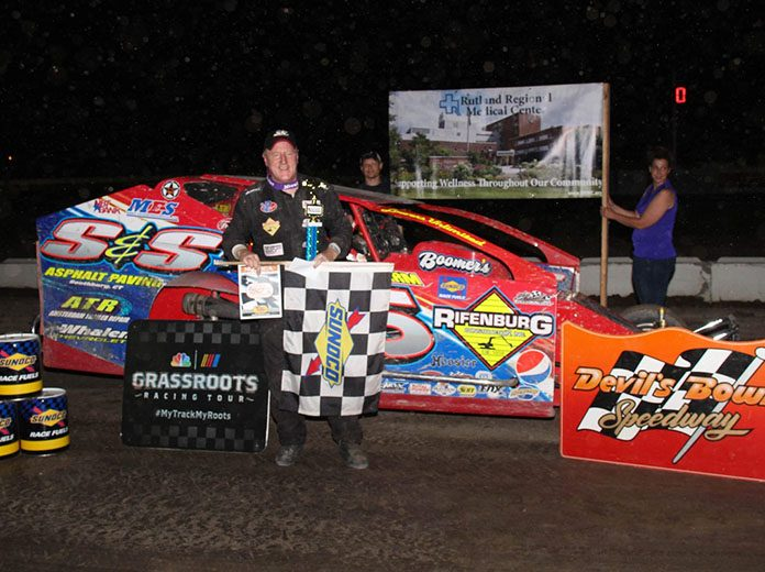 Kenny Tremont Jr. in victory lane Sunday at Devil's Bowl Speedway. (Jeremy McGaffin Photo)