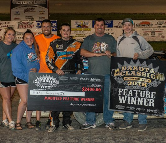 Ricky Thornton Jr. swept a second straight Kupper Chevrolet Dakota Classic Tour program, winning IMCA Modified and IMCA Sunoco Stock Car features at Southwest Speedway Wednesday night. (Byron Fichter Photo)