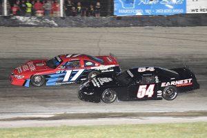 Daniel Hemric (54) battles Grant Griesbach during Tuesday's Slinger Nationals at Slinger Super Speedway. (Doug Hornickel Photo)