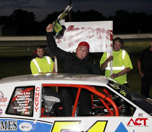 Colin Cornell celebrates his second straight Lenny's Shoe & Apparel Flying Tiger win in the second round of the Myers Container Service Triple Crown Series. (Alan Ward photo)
