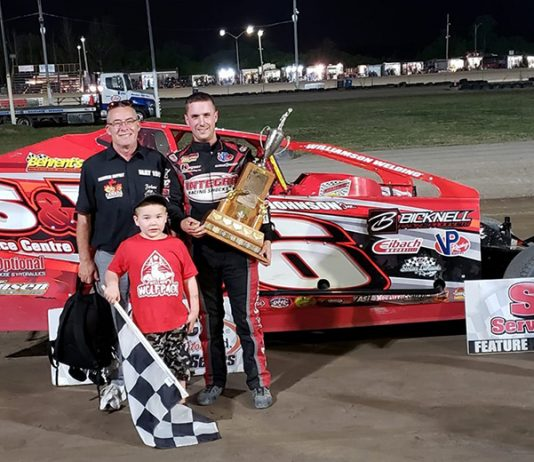 Mat Williamson in victory lane Saturday at Merrittville Speedway. (Ray Samuel Photo)