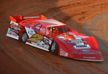 Brandon Overton en route to victory at Smoky Mountain Speedway. (Michael Moats photo)