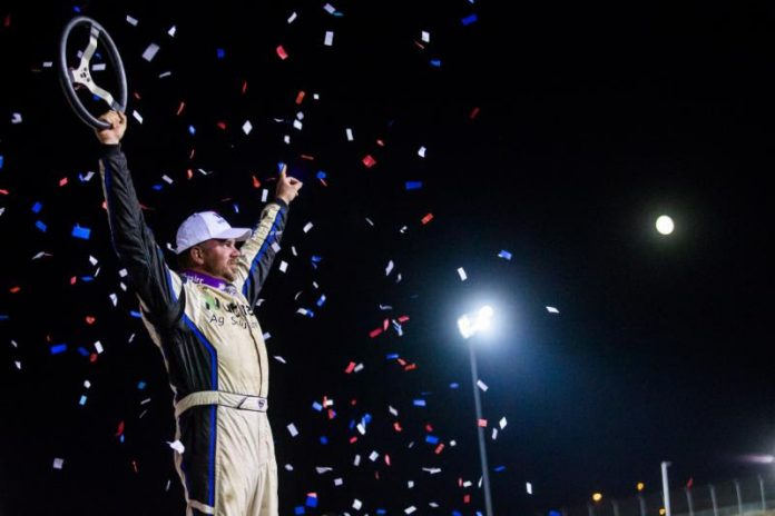 Jonathan Davenport in victory lane at I-80 Speedway. (Heath Lawson photo)