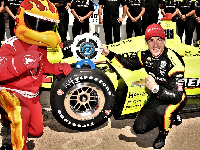 Simon Pagenaud will lead the NTT IndyCar Series to the green flag at Iowa Speedway. (Al Steinberg Photo)