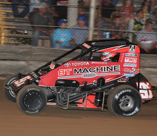 Tyler Thomas won Friday's POWRi Midget League feature at Belle-Clair Speedway. (Don Figler photo)