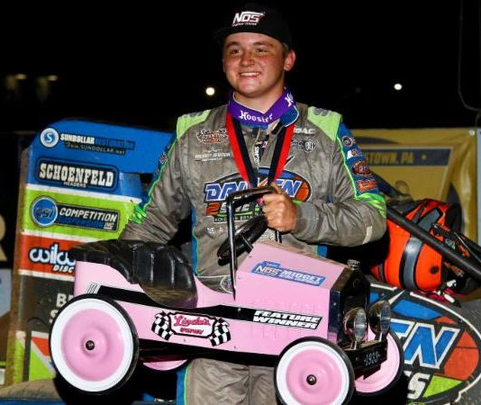 Zeb Wise in victory lane at Linda's Speedway. (Michael Fry photo)