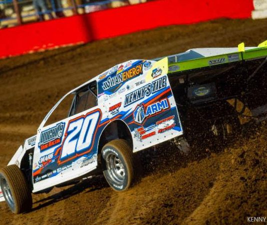 Rodney Sanders marched to victory in Saturday's USMTS feature at Lucas Oil Speedway. (Kenny Shaw Photo)
