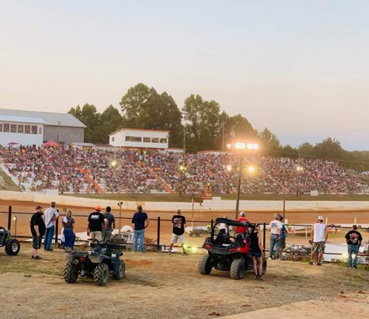 A packed house was on hand Saturday night at Volunteer Speedway.