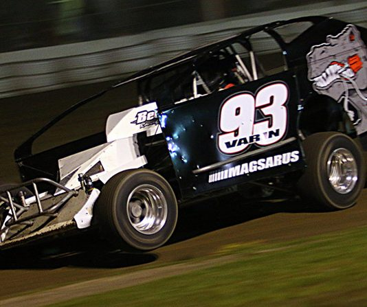 Danny Varin on his way to victory Saturday at Fonda Speedway. (Dave Dalesandro Photo)