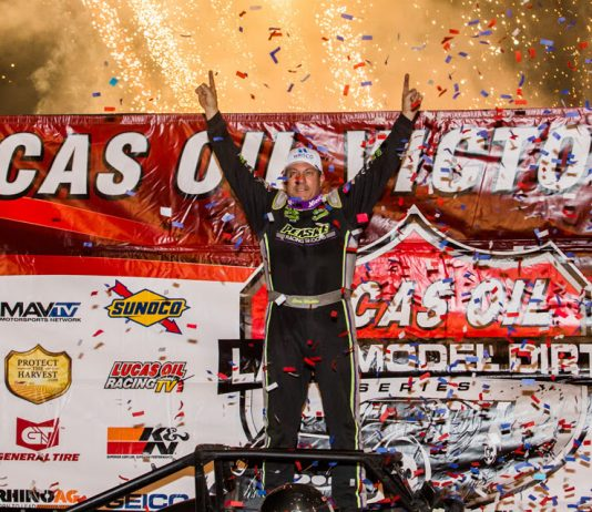Chris Madden won Saturday's Topless 100. (LOLMDS photo)