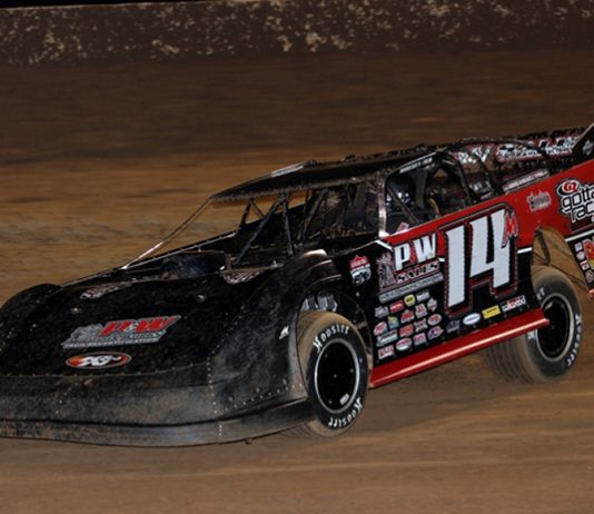 Morgan Bagley on his way to victory Friday at Crowley's Ridge Raceway. (Scott Burson Photo)