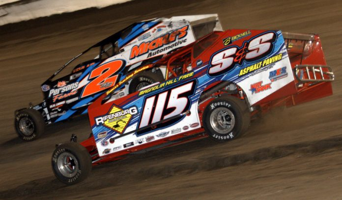 Kenny Tremont Jr. (115) won Saturday's Mr. Dirt Track USA event at New York's Lebanon Valley Speedway. (Dave Dalesandro photo)