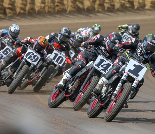 Jared Mees (1) leads the field during Monday's Springfield Mile II at the Illinois State Fairgrounds. (Scott Hunter/AFT Photo)