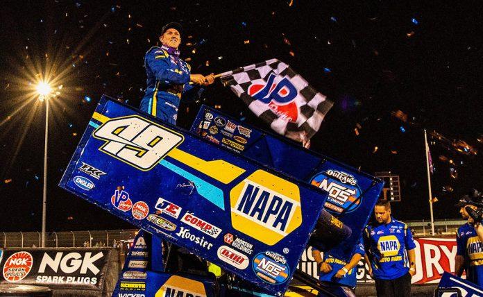 Brad Sweet in victory lane. (Josh Ryan photo)
