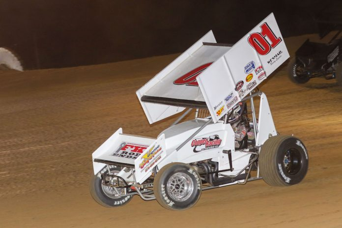 Logan Seavey won Saturday's MOWA sprint car feature at Spoon River Speedway. (Brendon Bauman photo)