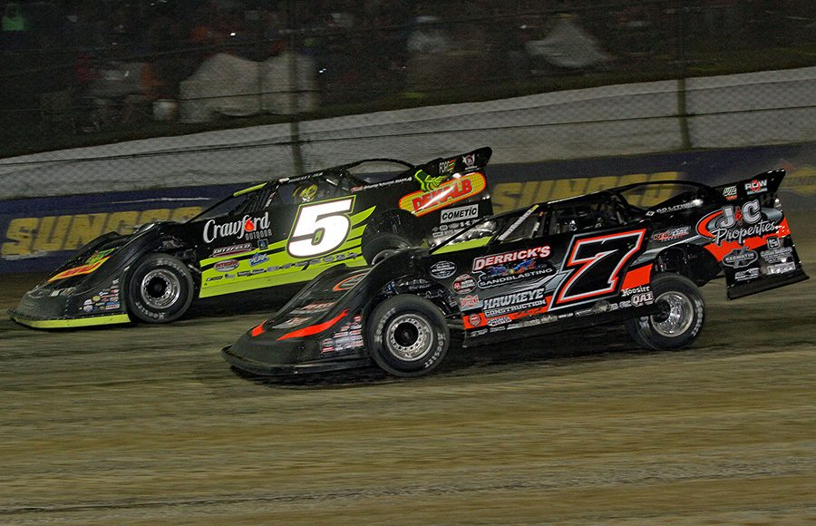 Don O'Neal (5) races to the outside of Ricky Weiss during Friday's World 100 preliminary event at Eldora Speedway. (Julia Johnson Photo)