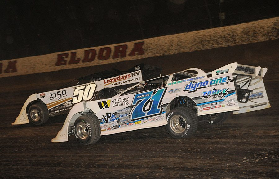 Hudson O'Neal (71) chases Shanon Buckingham during Saturday's World 100 finale at Eldora Speedway. (Julia Johnson Photo)