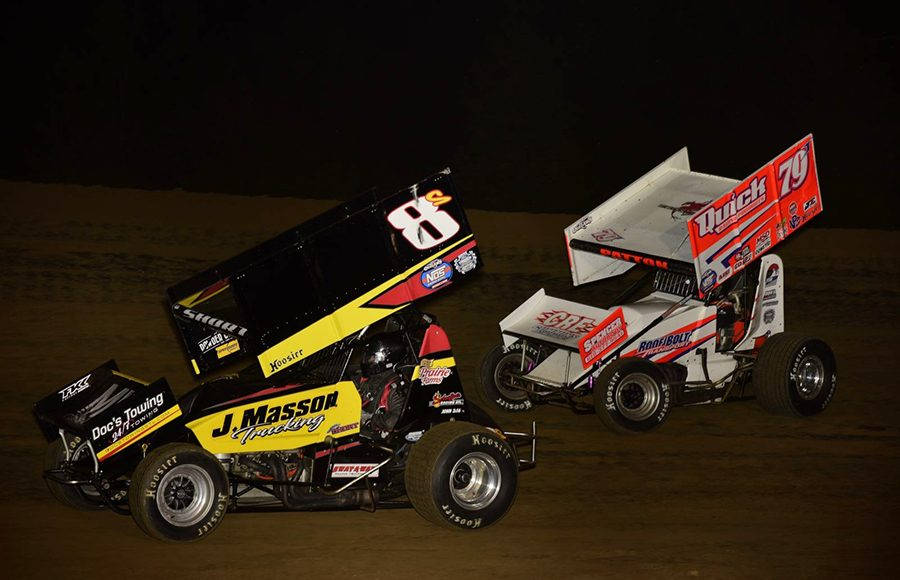 Steve Short (8c) leads Jacob Patton during Saturday's Built Ford Tough MOWA Sprint Car Series feature at Spoon River Speedway. (Mark Funderburk Photo)