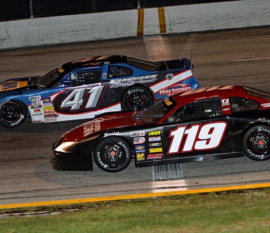 Dalton Zehr (119) races under Hunter Jack during Saturday's ARCA/CRA Super Series portion of the Glass City 200 at Toledo Speedway. (Jim Denhamer Photo)
