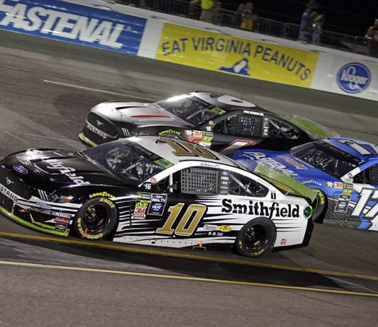 Aric Almirola (10), Ryan Newman (6) and Ricky Stenhouse Jr. battle for position during Saturday's Federated Auto Parts 400 at Richmond Raceway. (HHP/Alan Marler Photo)