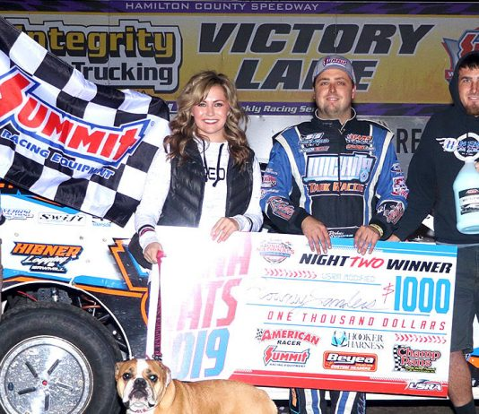 Rodney Sanders in victory lane. (USRA photo)