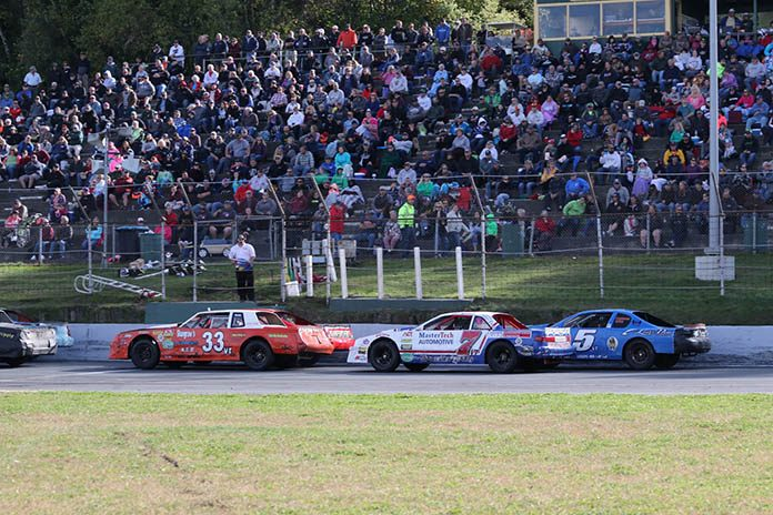 The Flying Tigers, seen here competing at Barre, VT's Thunder Road, are making their first trip to Maine's Oxford Plains Speedway on Saturday, Oct. 19. (Buzz Fisher photo)