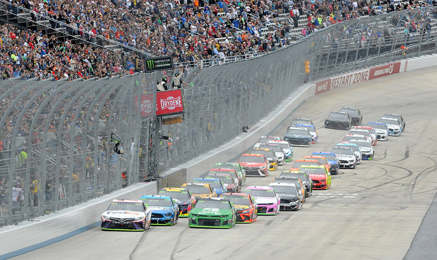 The Monster Energy NASCAR Cup Series field takes the green flag Sunday at Dover Int'l Speedway. (Dave Moulthrop Photo)