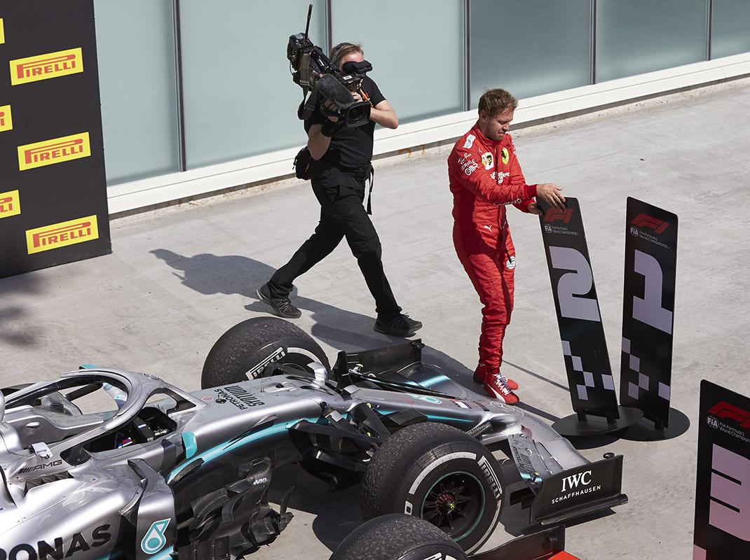 Sebastian Vettel moves No. 1 F-1