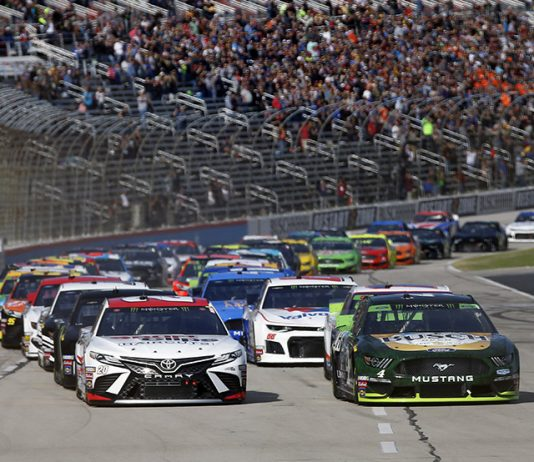 The Monster Energy NASCAR Cup Series field takes the green flag to start Sunday's AAA Texas 500 at Texas Motor Speedway. (HHP/Andrew Coppley Photo)