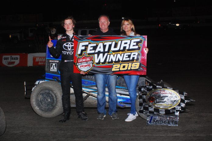 Jesse Love in victory lane. (David Sink photo)