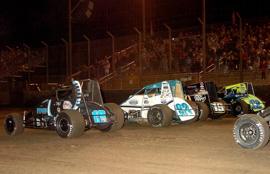 The field prepares to go racing during Saturday's Oval Nationals finale at Perris Auto Speedway. (Hein Brothers Photo)