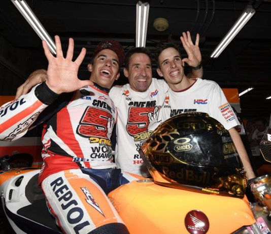 Marc Marquez (left) will be joined by his younger brother Alex Marquez (right) at Repsol Honda in 2020. Also pictured here is their father, Julià Marquez. (Honda Photo)
