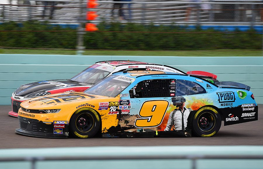 Noah Gragson (9) races under Christopher Bell during Saturday's NASCAR Xfinity Series Ford EcoBoost 300 at Homestead-Miami Speedway. (HHP/David Tulis Photo)